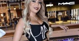ليليا الأطرش تثير الجدل بشورت قصير وقميص مفتوح