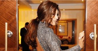 نجوى كرم تتألق في الكويت باللون الفضي