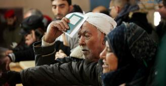 بالصور والمستندات.. امتعاض كبير بين المواطنين على الفيسبوك بسبب كشوفات داخلية غزة للسفر على معبر رفح ومطالبات بآلية واضحة