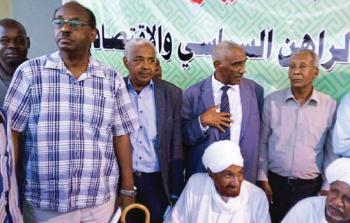 المعارضة السودانية تلوّح بعصيان
