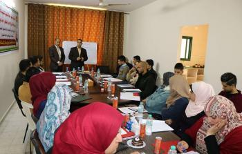 د. ابو هولي يؤكد على اهمية الاعلام ودور الاعلاميين في مواجهة مؤامرات تصفية القضية الفلسطينية