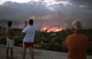 ارتفاع حصيلة ضحايا الحرائق في اليونان إلى 81