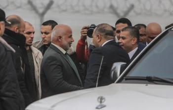 الوفد المصري يواصل لقاءته..القضايا عالقة حتى اللحظة وعدد الموظفين شوكة جديدة