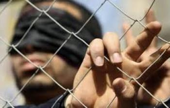 توتر في سجن عسقلان والإدارة تهدد بفرض عقوبات بحق الأسرى