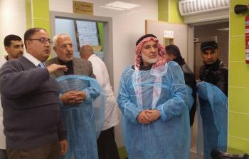 النائب الأسطل يتفقد مستشفى الهلال الإماراتي برفح