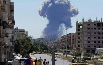 سلسلة انفجارات تهز محيط مطار حماة العسكري في سوريا