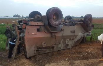 إصابة 6 جنود بانقلاب جيب عسكري قرب حدود غزة