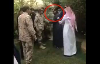 فيديو.. سقوط شظايا صاروخ الحوثي على منزل فنان سعودي