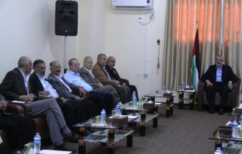هنية يجتمع بالفصائل في غزة