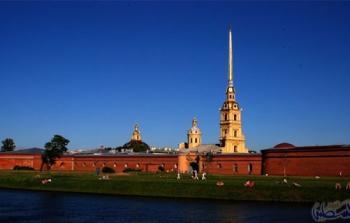 مدينة سانت بطرسبرغ في روسيا الأفضل لقضاء شهر عسل رائع