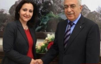 الكشف عن شبهات فساد في وزارة الخارجية..تعيين خمسة سفراء من عائلة واحدة