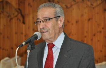 تيسير خالد يطلع على ملف إعادة إعمار مخيم
