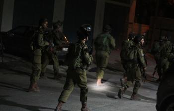 حملة اعتقالات ومصادر اسلحة في الضفة
