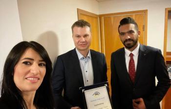 جمعية الرؤيا الفلسطينة في السويد تكرّم رئيس مجلس إدارة بلدية بوروس