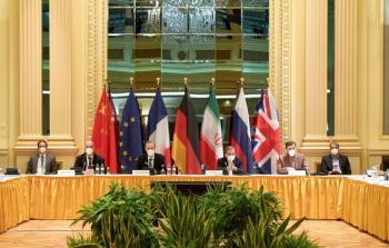 الصين: أطراف محادثات فيينا اتفقت على خوض عمل أكثر موضوعية حول رفع العقوبات عن إيران
