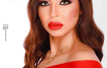 السندريلا اللبنانية دوللى شاهين تحتفل بـ مليون متابع على صفحتها بالفيسبوك