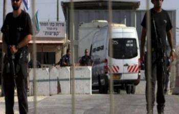 الاحتلال يفرج عن 3 أشقاء من الخليل بعد قضاء 5 سنوات