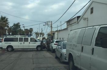 يافا: شرطة الاحتلال تقتحم مقبرة الإسعاف