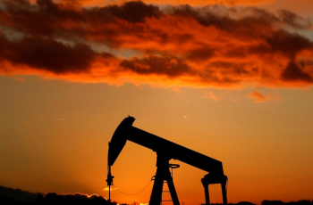 النفط يرتفع لذروة 2019 بدعم نمو الصين وتراجع مخزون أمريكا