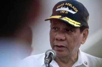 رئيس الفلبين يهدد كندا بـ (قوارب القمامة)