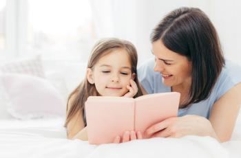 4 طرق للمزيد من التواصل والحب والتشجيع لطفلك