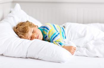 لهذا السبب امنعي طفلك من نوم القيلولة