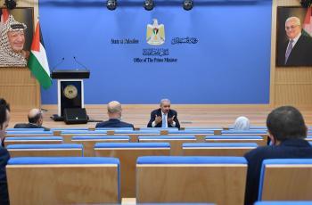 الحسيني يكشف تفاصيل اجتماع الرئيس عباس واللجنة العليا للقدس