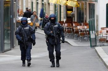 بعد هجوم فيينا.. النمسا تغلق مساجد