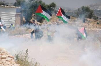 إصابات بالرصاص المعدني والاختناق خلال قمع الاحتلال مسيرة كفر قدوم الاسبوعية