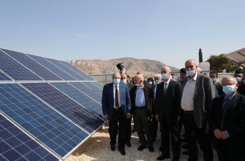 جامعة النجاح تفتتح محطة النجاح الأولى للطاقة الشمسية