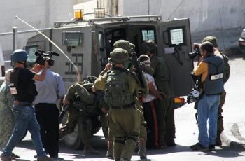 الاحتلال يعتقل ثلاثة مواطنين من بيت دجن شرق نابلس