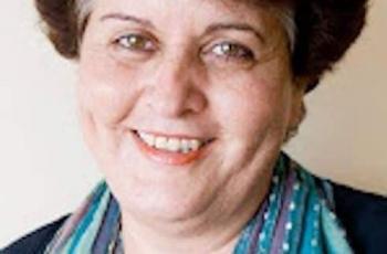 المؤتمر السنوي الخامس للتطوع في تونس يكرم الدكتورة منى الفرا