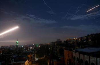 مقتل شخص وإصابة 3 جنود سوريين في عدوان إسرائيلي على ريف دمشق