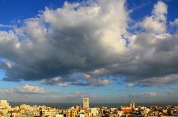 حالة الطقس: أجواء غائمة وباردة ويطرأ ارتفاع طفيف على درجات الحرارة