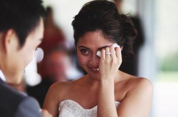 لماذا تبكي العروس ليلة زفافها حتى لو كانت متزوجة من شخص تحبه
