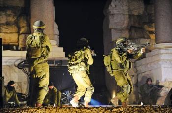 3 إصابات برصاص الاحتلال خلال اقتحام الاحتلال لضاحية شويكي بطولكرم