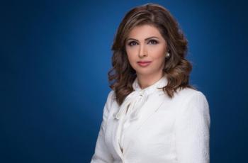 الاعلامية الفلسطينية ايمان عياد: لم أتخيل أن تصل الإساءة إلى والدتي المتوفاة