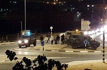 مستوطنون يهاجمون مركبات المواطنين جنوب جنين