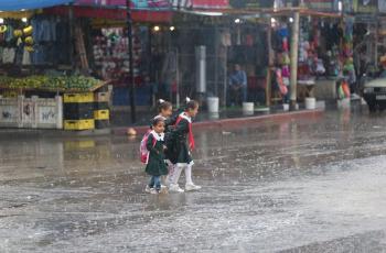 الدفاع المدني يحذّر من حالة جوية عاصفة وماطرة تستمر لعدة أيام