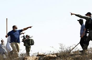 إصابات بالاختناق خلال تصدي المواطنين لهجوم مستوطنين جنوب نابلس