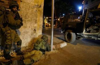 الاحتلال يعتقل مواطنين من العيسوية ومخيم شعفاط