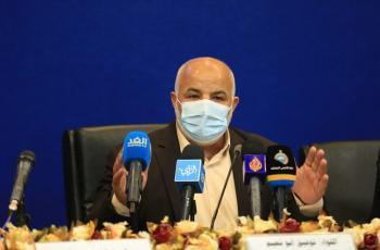 أبو نعيم وغازي حمد ومسؤولين آخرين يتقدمون باستقالتهم من مناصبهم الحكومية بغزة