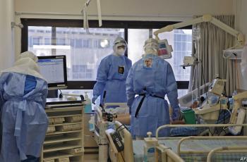 الصحة: الحكومة أبدت استعدادها لتنفيذ مطالب الأطباء مقابل تفرغهم الكامل للعمل