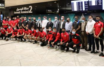 بعثة منتخب الوطني تصل السعودية استعدادا لملاقاة منتخبها ضمن التصفيات الآسيوية المزدوجة