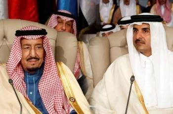 ملك السعودية يدعو أمير قطر لزيارة المملكة رسميًا