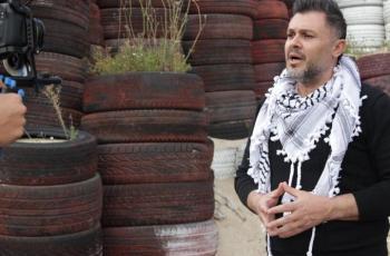 الفنان ربيع الأسمر يوجه رسالة للأسرى الفلسطينيين ويطلق