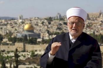 الاحتلال يمنع خطيب المسجد الأقصى من السفر للخارج لمدة 4 أشهر