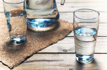 كيف تشرب الماء في رمضان؟