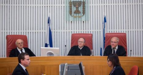 هيئة الأسرى تقدم التماسا للإفراج عن جثماني الشهيدين الغرابلي وسماره