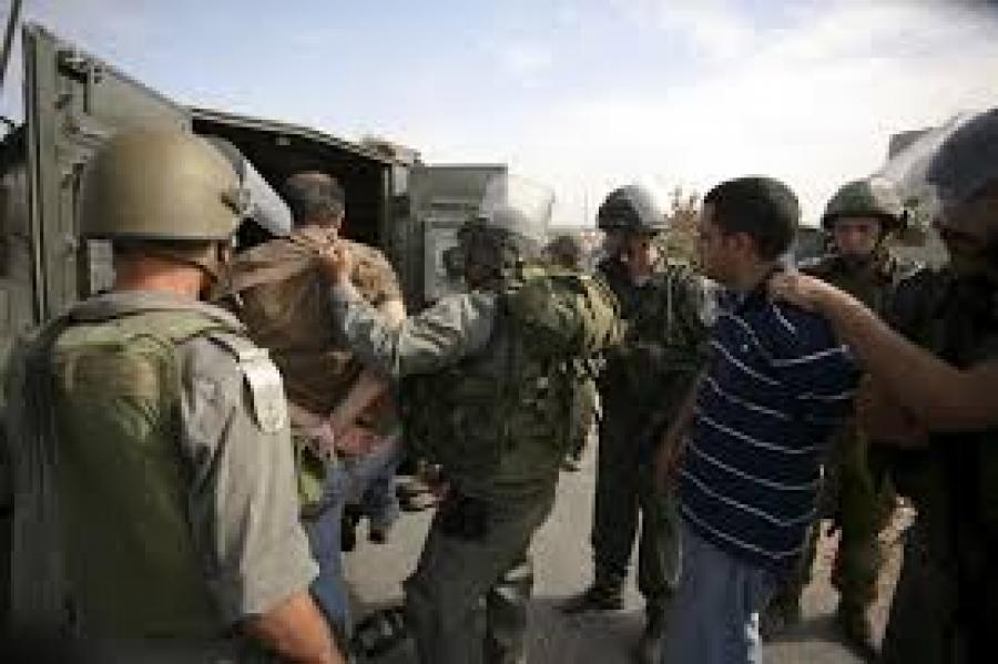 الاحتلال يعتقل 16 فلسطينيا من الضفة الغربية